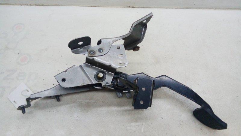 Педаль сцепления   BBP341300E