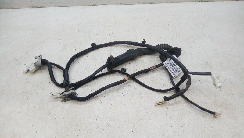 Проводка крышки багажника   GS1F67060C