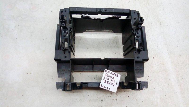 Рамка под магнитолу   A2036890216
