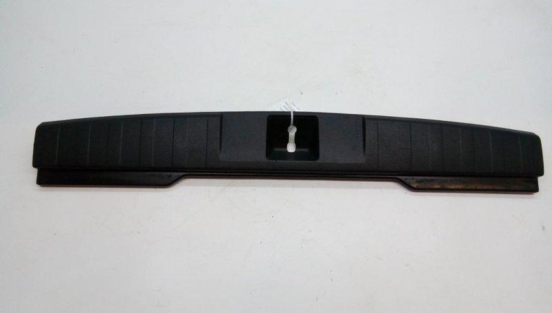 Накладка внутренняя на заднюю панель кузова   95073aj000