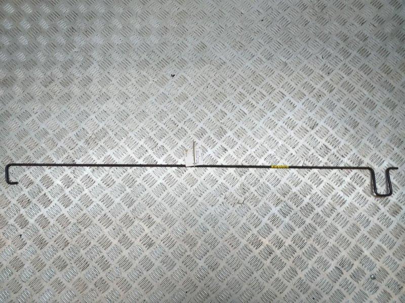 Торсион крышки багажника   79283D5030