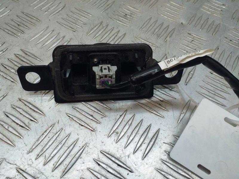 Камера заднего вида   8679033180