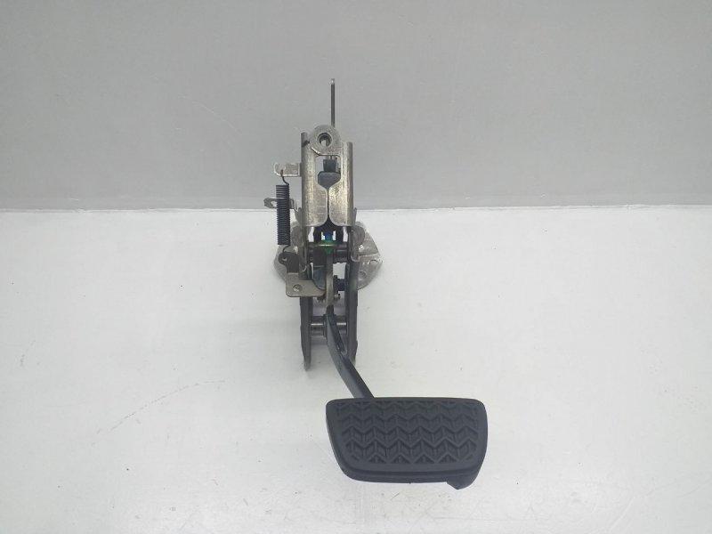 Педаль тормоза   4711006330