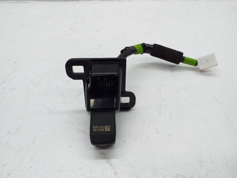 Камера заднего вида   867B042020
