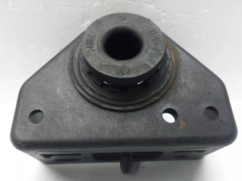 Кронштейн радиатора   25333D3000