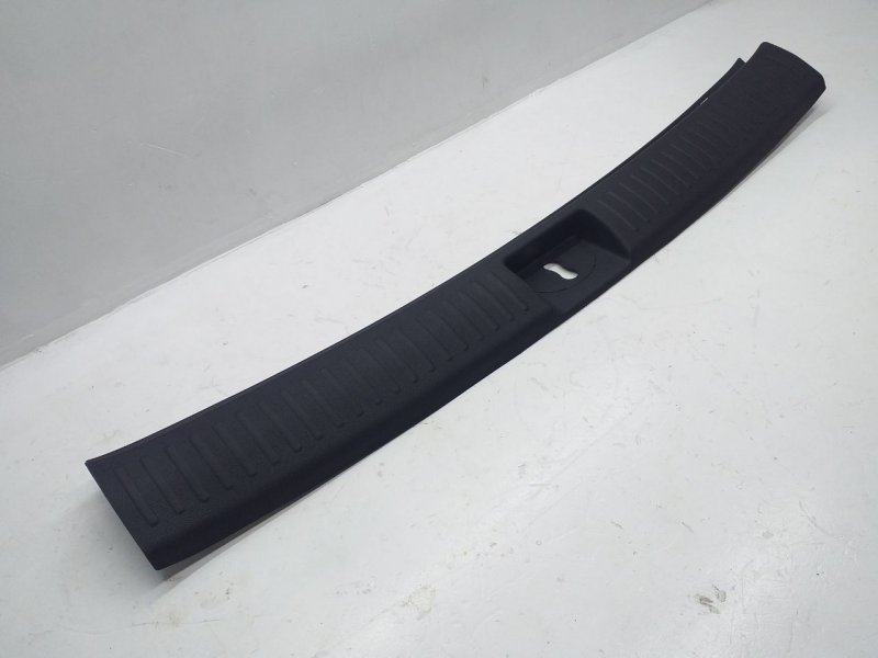Накладка внутренняя на заднюю панель кузова   85770C5000WK
