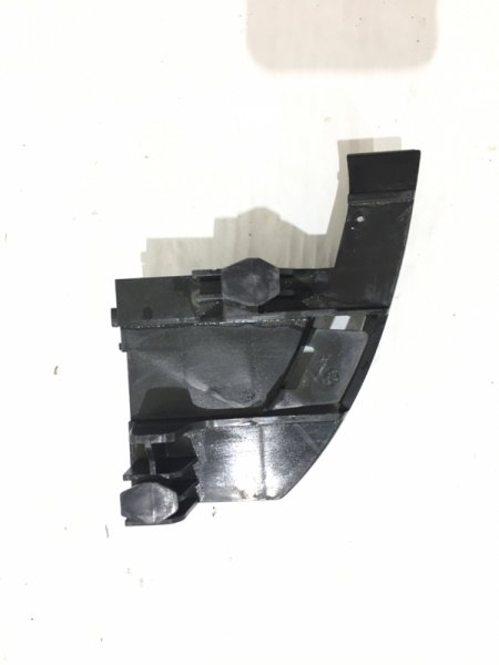Кронштейн заднего бампера Toyota  ST-TY92-087B-C2
