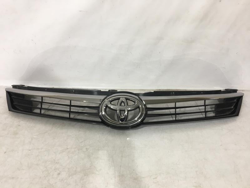 Решетка радиатора Toyota  53101-33510