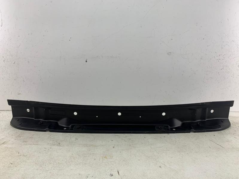Панель кузова задняя   2123510127600